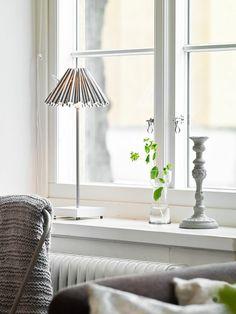 Fensterdeko Tipps Dekoornamente Lampe Für Die Fensterbank