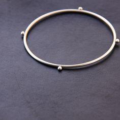 compass bracelet (via blissblog)
