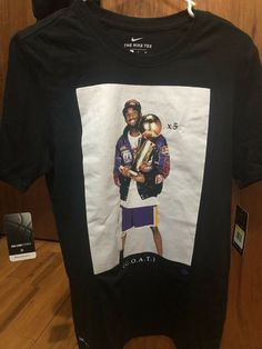 08246b120f6 Nike Kobe Bryant GOAT Retirement Photo Shirt - AV1261-010 - Size Small   fashion