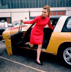 Porsche Targa woman