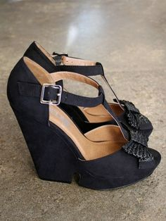 t-strap wedge