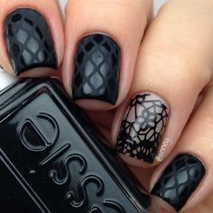 21 Edgy Ideas For Matte Black Nails To Break The Manicure Monotony #Manicures