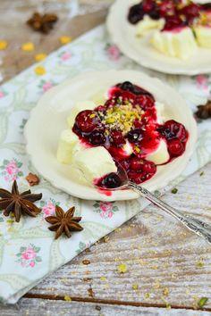 Weihnachtliches Dessert mit Beeren 5