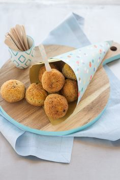 Le di e scamorza and Food Network Recipes, Dog Food Recipes, Cooking Recipes, Moon Food, Veg Appetizers, Low Carb Brasil, No Salt Recipes, Albondigas, Snacks Für Party