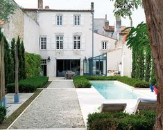 French house - Isle of Rhé (Ile de Ré, French Atlantic Coast) Interior Exterior, Exterior Design, Outdoor Spaces, Outdoor Living, Outdoor Pool, French Mansion, Living Pool, Living Haus, French Style Homes
