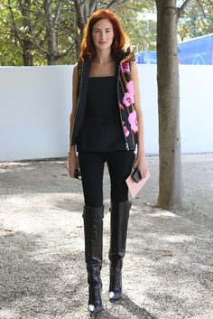 TTH: black | floral | boots