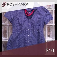 J. Crew Top This Navy & White Polka Dot top from J. Crew is a classic piece. It is slightly tapered under the bust line, making it very flattering and less boxy than a traditional button-down. Listing does not include the necklace. Gently used. 💯 cotton. J. Crew Tops Button Down Shirts