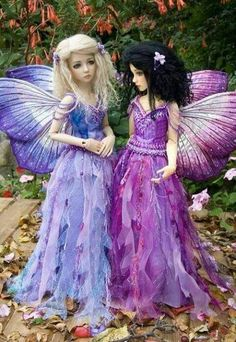 Martha Boers... Love these fairy outfits
