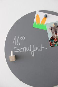 Kühlschrankmagnete - Magnetischer Kreidehalter mit Kreide - ein Designerstück von haftbar-magnete bei DaWanda