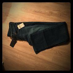 Lucky Brand jeans size 27 (4) regular Lolita Never worn Lucky Brand jeans - Lolita boot cut Lucky Brand Jeans Boot Cut