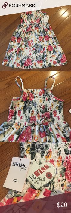 Floral girls dress Brand new with tag. I accept reasonable offers. Please don't forget to use the bundle feature when shopping Dresses Casual