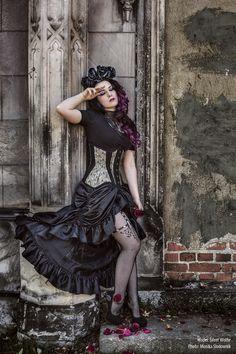 Model: @xSilverWolfie, photo Monika Slodownik, photoshoot for Restyle.pl    #gothic #goth #restyle #restylepl #alternativefashion #gothicfashion #fashion #corset #underbust #gorset #ombre #tatuaz #tattoo #beautiful #amazing #dark #silverwolfie #roses #gothgirl #alternatywna #modelka #gotyk #victorian #papercats #hades #hadesfootwear #tights #fishnet #sexy #legs