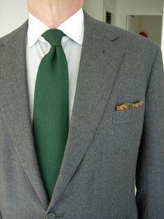 [green+necktie+gray+flannel.JPG]