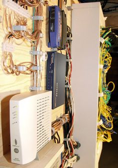 Whole House Structured Wiring / Networking Set-ups / Cabinets / Panels (Picture) Diy Electronics, Electronics Projects, Structured Wiring, Diy Rack, Diy Home Security, Kitchen Remodel Cost, Home Tech, Computer Network, Home Network