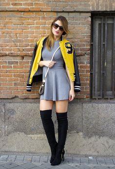www.streetstylecity.blogspot.com Be inspired by the people in the street ! pilar-burgos-boots-amaras-la-moda-vestido-hym-bomber-stradivarius-pochette-eva-louis-vuitton