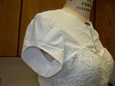 sewcreatelive: How to Add Lace Sleeves and Shoulders to a Strapless Lace and Silk Taffeta Gown. Fitting muslin and pattern. This would have been helpful last spring when I did K's prom dress.