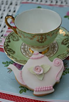 Inspiration : teapot cookie - love :) x