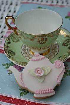 Inspiration : teapot cookie - love :) x