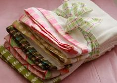 Fabric Edged Tea Towels - Tutorial - Perfect for wedding showers or birthdays!