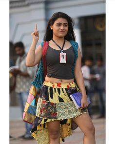 Shalini pandey cutest tempting stills - Sexy Indian models Image Gallery Indian Actress Hot Pics, South Indian Actress, Actress Photos, Beautiful Girl Indian, Most Beautiful Indian Actress, Beauty Full Girl, Beauty Women, Hot Actresses, Indian Actresses