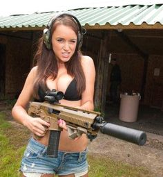 Guns And Babes ::: sexy girls hot babes with guns beautiful women weapons Girls Are Awesome, Pretty Girls, Military Women, N Girls, Country Girls, Beautiful Women, Lady, Weapons, Firearms
