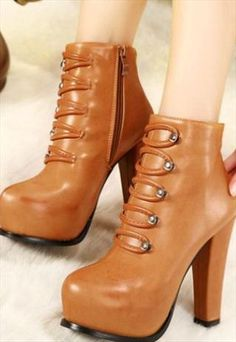 Stylish Brown Lace Up Chunky Heels Boots