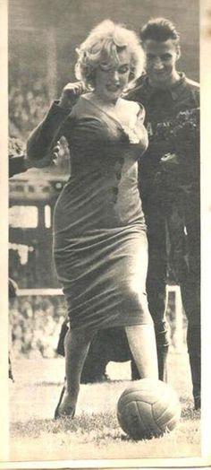 Marilyn Monroe playing football