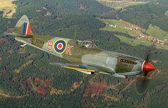 Supermarine Spitfire Mk.XVIe TE 184