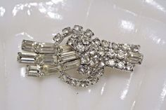 Vintage Crystal Rhinestone Brooch Pin Crystal Rhinestone Brooch Layered Details #broochesrhinestonespins