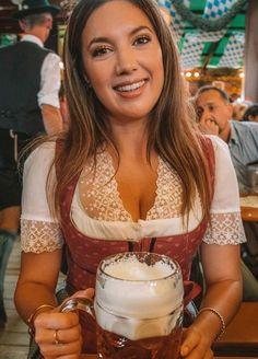 Dresses for Women Octoberfest Girls, Beer Maiden, Oktoberfest Outfit, Munich Oktoberfest, Drindl Dress, Cute Country Girl, German Outfit, Business Outfits Women, Beer Girl