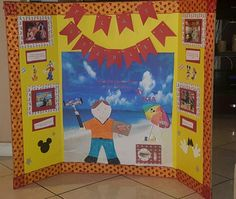 Flat Stanley takes Las Vegas School Projects, Projects For Kids, Flat Stanley, 3rd Grade Math, Educational Games, Writing Ideas, Language Arts, Las Vegas, Arts And Crafts