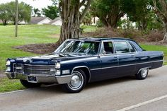 1966 Cadillac Fleetwood Series 75 Limousine in Med. Classic Car Garage, Classic Cars, Luxury Yachts, Luxury Cars, Detroit, Cadillac Eldorado, Cadillac Ct6, Air Conditioning Units, Cadillac Fleetwood