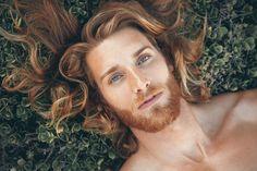 beautiful eyes, ginger, and gorgeous+man+ image Hot Ginger Men, Ginger Beard, Ginger Hair, Ginger Boy, Beautiful Eyes, Gorgeous Men, Long Haired Men, Hair Men Style, Red Hair Men
