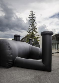 Swiss studio Bureau A created this inflatable black PVC nightclub to host the annual party of the Federation of Swiss Architects Shelter Architecture, Movable House, Therme Vals, Inflatable Furniture, Underground Shelter, Medieval Houses, School Building, Dezeen, Night Club
