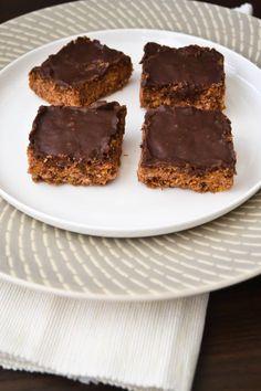 Chocolate+cornflake+crunch+slice.+A+very+chocolatey+slice+with+a+great+crunch.