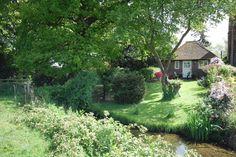 Met zijn tweetjes op vakantie richting Engeland. Wat te denken van deze prachtige cottage in Steyning. (regio: Kent)