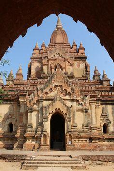 Visite de la mythique Bagan