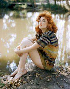 Tina Louise vintage curls