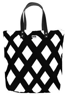 Tote Bag in pattern Fun black by Ingela Håkansson-Lamm. The Fun Collection 2014. www.tiogruppen.com.