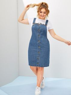 To find out about the Plus Button Front Dungaree Dress at SHEIN, part of our latest Plus Size Denim Dresses ready to shop online today! Denim Pinafore, Pinafore Dress, Occasion Maxi Dresses, Denim Dungarees, Denim Dungaree Dress Outfit, Mode Top, Mode Jeans, Denim Overall Dress, Looks Plus Size