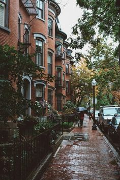 Brownstone , New York City City Aesthetic, Travel Aesthetic, Photographie New York, Outdoor Reisen, Belle Villa, Aesthetic Pictures, Belle Photo, Aesthetic Wallpapers, Places To Travel
