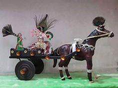 Krishna Statue, Hare Krishna, Bal Gopal, Ladoo Gopal, Indian Gods, Lord, Horses, Christmas Ornaments, Holiday Decor