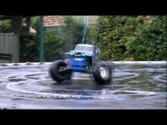 TRAXXAS Son Uva Digger Monster Jam RC Donuts - YouTube
