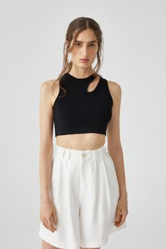 Day Dresses, Nice Dresses, Short Dresses, Pull & Bear, Photography Poses Women, Sleeveless Crop Top, Asymmetrical Tops, Spring Tops, Elegant Outfit