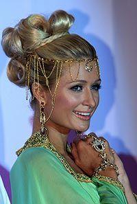 Paris turns Arabian princess as she invites Dubai girls to compete for best friend role - hellomagazine.com