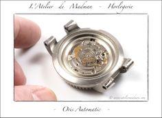 Oris Automatic - Après démontage du rotor, qui tient par une seule vis centrale.