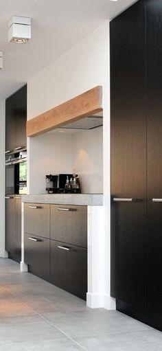 Home Decoration Sale Clearance Loft Kitchen, Kitchen Taps, Kitchen Interior, Kitchen Design, Modern Home Interior Design, Luxury Interior, Black Kitchens, Home Kitchens, Cocinas Kitchen