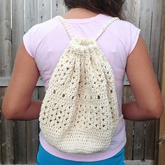 Ravelry: Boho Bucket Bag pattern by April Turner Crochet Case, Free Crochet Bag, Crochet Market Bag, Crochet Gifts, Crochet Stitches, Knit Crochet, Crochet Bag Tutorials, Crochet Projects, Crochet Backpack