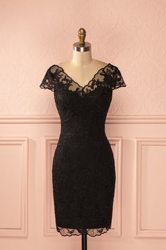 Achta ♥ Add some lace on the little black dress and it's perfect for Christmas or New Year Eve.