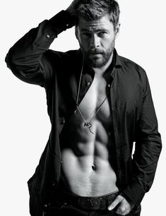 Chris Hemsworth Admits He Almost Lost Out Thor to His Younger Brother Liam Hemsworth Chris Hemsworth Thor, Chris Hemsworth Sem Camisa, Fitness Before After, Die Rächer, Hemsworth Brothers, Mario Sorrenti, Man Thing Marvel, Hommes Sexy, Age Of Ultron
